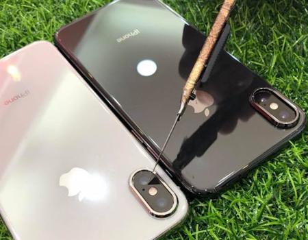 膜幻鎂機專為曲面手機專用訂製9H玻璃貼 ,全透明,高、透、亮完美詮釋,曲面全透明清晰觸控靈敏無死角,5D包覆在大弧度都能貼。滿版弧度完整貼覆,無彩虹紋,防水,防塵裝殼不受限,使用滑順像原機質感。